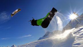 VIDEO - Minivacanța de 1 decembrie, pe pârtiile de schi