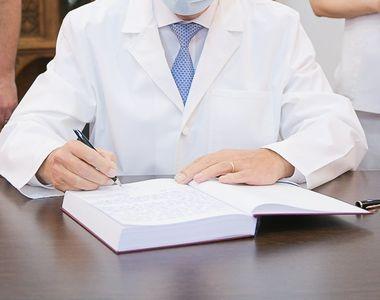 Iohannis, în halat alb, declarații mai mult decât optimiste în criza coronavirusului  -...