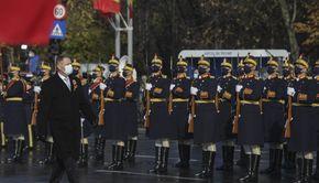 """Fără paradă militară de 1 Decembrie 2020. Klaus Iohannis: """"Criza sanitară ne obligă să marcăm Ziua Naţională în alte registre decât cele obişnuite"""""""