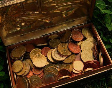 Curs valutar, azi 4 decembrie 2020. Pe ce poziție se va clasa euro