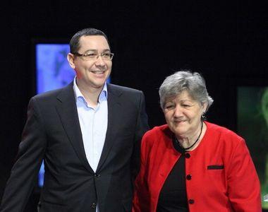 Părinții lui Victor Ponta, un trecut dureros. Cum a murit tatăl fostului premier?