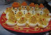 Ouă umplute. Vedeta meselor de sărbători. Trei rețete