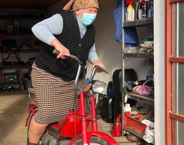 VIDEO - Bunică din Ardeal la volan după ce a fost amendată de poliție