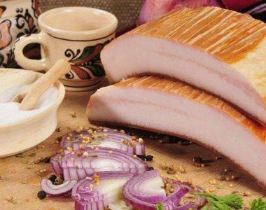 Saramură pentru slanină afumată. Reţeta de Crăciun de acum 100 de ani