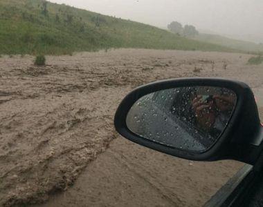 VIDEO   Vreme extremă: Inundaţii şi viscol turbat