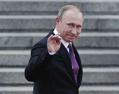 Putin şi-ar fi făcut un birou identic cu cel de la Moscova într-o staţiune la Marea...