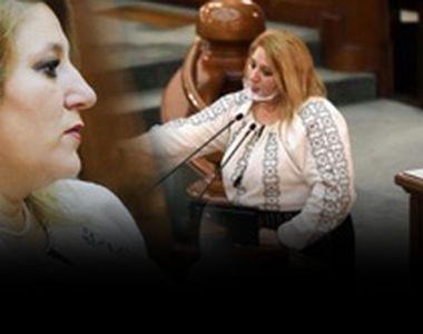 VIDEO - Senatoarea Șoșoacă insistă să nu poarte mască în Senatul României