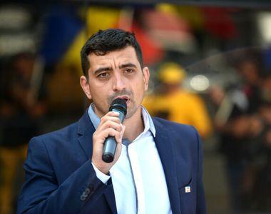 """George Simion, liderul partidului AUR: """"Popor român, refuzaţi să mai plătiţi biruri, să..."""