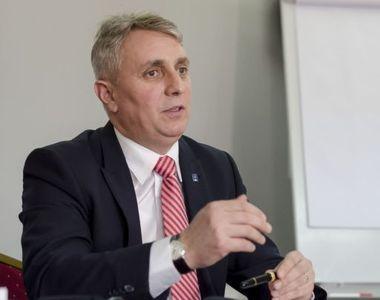 """Lucian Bode: """"Vineri intră în ţară prin Vama Nădlac prima tranşă de vaccin anti-Covid"""""""