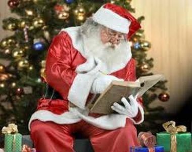 VIDEO - În cea mai așteptată noapte din an, Moș Crăciun ne-a lăsat darurile sub brad