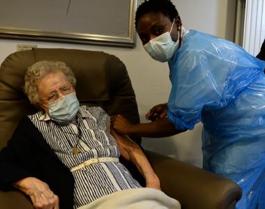 Belgia a început campania de vaccinare anti-COVID-19 în aziluri de bătrâni