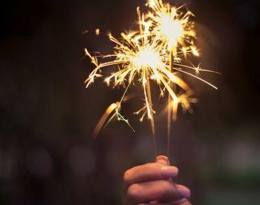 Felicitări de Anul Nou 2021. Cele mai frumoase mesaje și SMS-uri de Revelion 2021,...