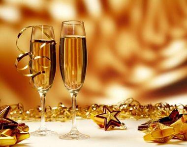 La mulți ani! Cele mai frumoase mesaje și SMS-uri  de Anul Nou pe care să le trimiți de...