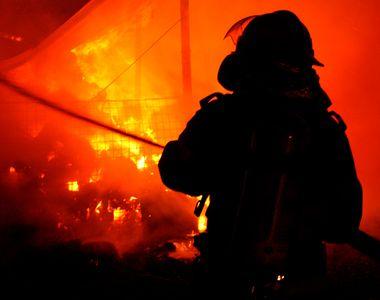 Incendiu la Secţia de Psihiatrie a Spitalului Municipal Roman: 17 pacienţi au fost...