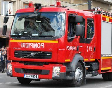 Incendiu într-un bloc din Baia Mare: O femeie a murit şi alte 46 de persoane au fost...