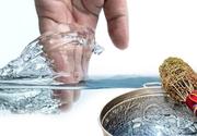 Boboteaza tradiții. Ce puteri deosebite are apa sfințită.  Știința a explicat de ce nu se strică agheasma