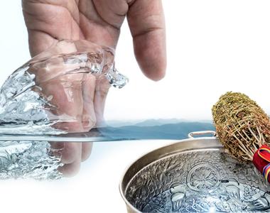 Boboteaza tradiții. Ce puteri deosebite are apa sfințită.  Știința a explicat de ce nu...