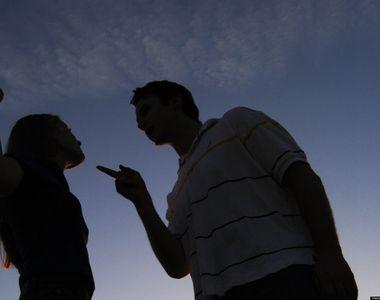 VIDEO - Explicații de la specialiști. De ce acceptăm minciuna în cuplu