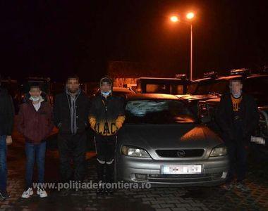 Un român a încercat să scoată ilegal din țară 5 migranți