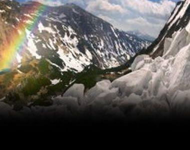 VIDEO - În Munții Bucegi este risc uriaș să fie o avalanșă puternică