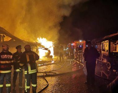 Incendiu devastator! 20 de case au ars într-un incendiu, în Miercurea Ciuc