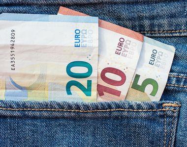 Curs valutar BNR, azi 14 ianuarie.  Moneda EURO pierde teren în fața leului