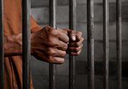 Doi tineri au fost reținuți după ce au postat anunțuri fictive privind închirierea unor cabane