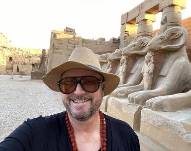 VIDEO - Cătălin Botezatu a rămas în Egipt și acum stă într-un castel