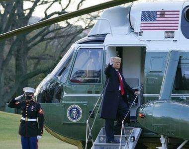 Donald Trump pleacă de la Casa Albă, însoţit de Melania Trump