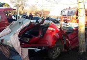 Accident în București: Trei adulţi şi doi copii au fost răniţi - FOTO