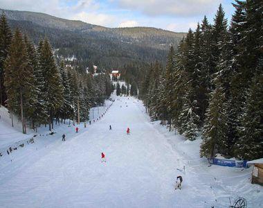 Ce dimensiuni are stratul de zăpadă la munte în perioada 25 - 31 ianuarie. Măsurătorile...