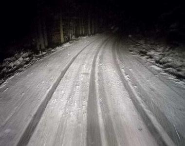 Mai multe TIR-uri blocate din cauza zăpezii în pasurile Bucin și Gutâi