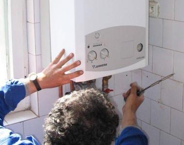 Cum să întreții o centrală termică la bloc. Orice greșeală te poate costa scump!