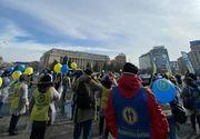 """Protest al sindicaliştilor din Sănătate, în Piaţa Victoriei: """"Fără noi, COVID-ul e pe voi!"""""""