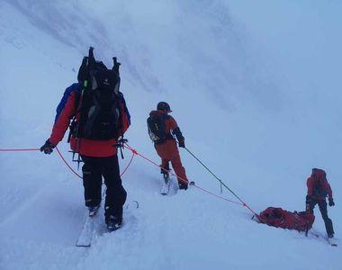 Salvamont Poiana Braşov: Mai multe persoane rămase blocate pe pârtiile de schi