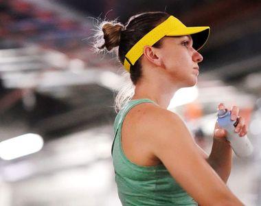Tenismena Simona Halep are probleme medicale. A pierdut meciul în fața rusoaicei...