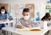 Elevii au revenit în bănci de luni. Ministerul Educației a publicat forma finală a formularului de consimţământ pentru testarea elevilor cu simptome de COVID-19