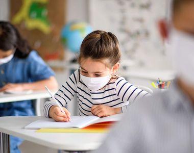 VIDEO - Școlile au fost redeschise în mai multe regiuni din țară, inclusiv în Capitală