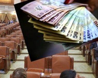 VIDEO - Absențele nemotivate îi vor ustura pe parlamentari la buzunare