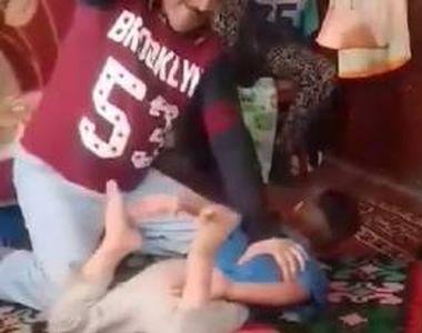 VIDEO| Imagini șocante cu un copil, de șapte ani, bătut de propriul tată. Bătaie cruntă...