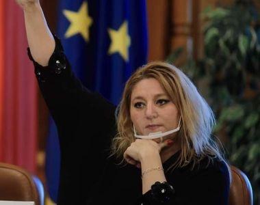 """Diana Șoșoacă dă de pământ cu partidul AUR, după demiterea din funcție: """"A ridicat..."""