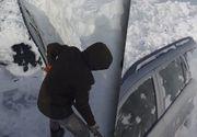 VIDEO - Furtună de zăpadă în România, mașini îngropate sub nămeți