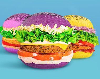 VIDEO - Un restaurant cu burgeri în diferite culori, afacere de succes