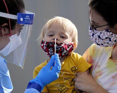 Medicii din SUA avertizează: tot mai mulți copii au forme grave de COVID-19