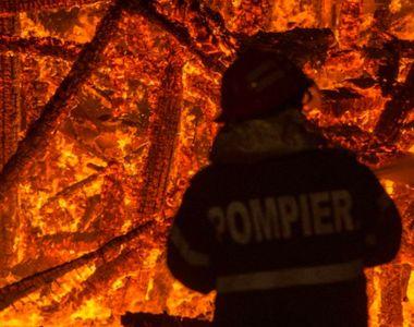 Bărbat în vârstă de 55 de ani, ars de viu de față cu vecinii