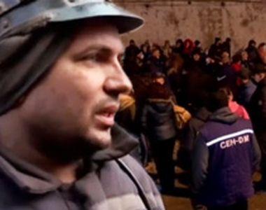 VIDEO - Salariile întârzie și zeci de mineri s-au blocat în subteran