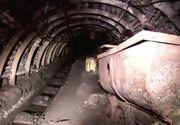 Protest: Peste 60 de mineri, încă blocaţi în subteran la Mina Lupeni