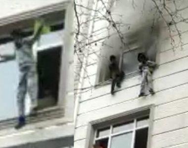 Salvare spectaculoasă în Turcia. Patru copii, aruncați de mama lor de la etaj în timpul...