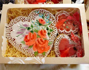 VIDEO - Rețete dulci pentru mărțișoarele comestibile din turtă dulce