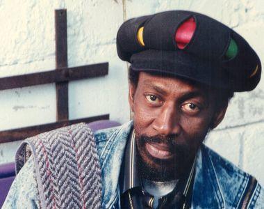 Un cântăreț legendar de reggae s-a stins astăzi din viață